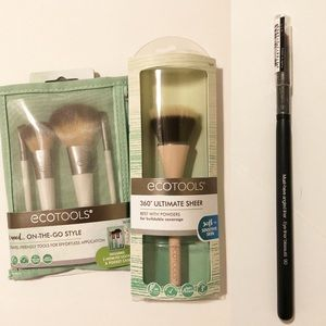 EcoTools travel kit plus powder and liner brush